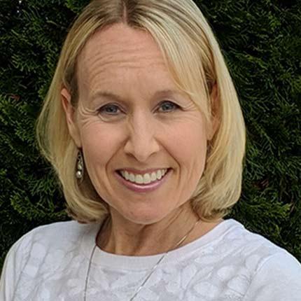 Nicole Robertson, RDN, LD
